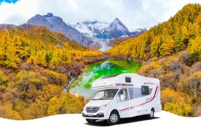 稻城亚丁!10月最佳房车旅行目的地,每一个旅行者追寻的至美秘境(内附自驾攻略)